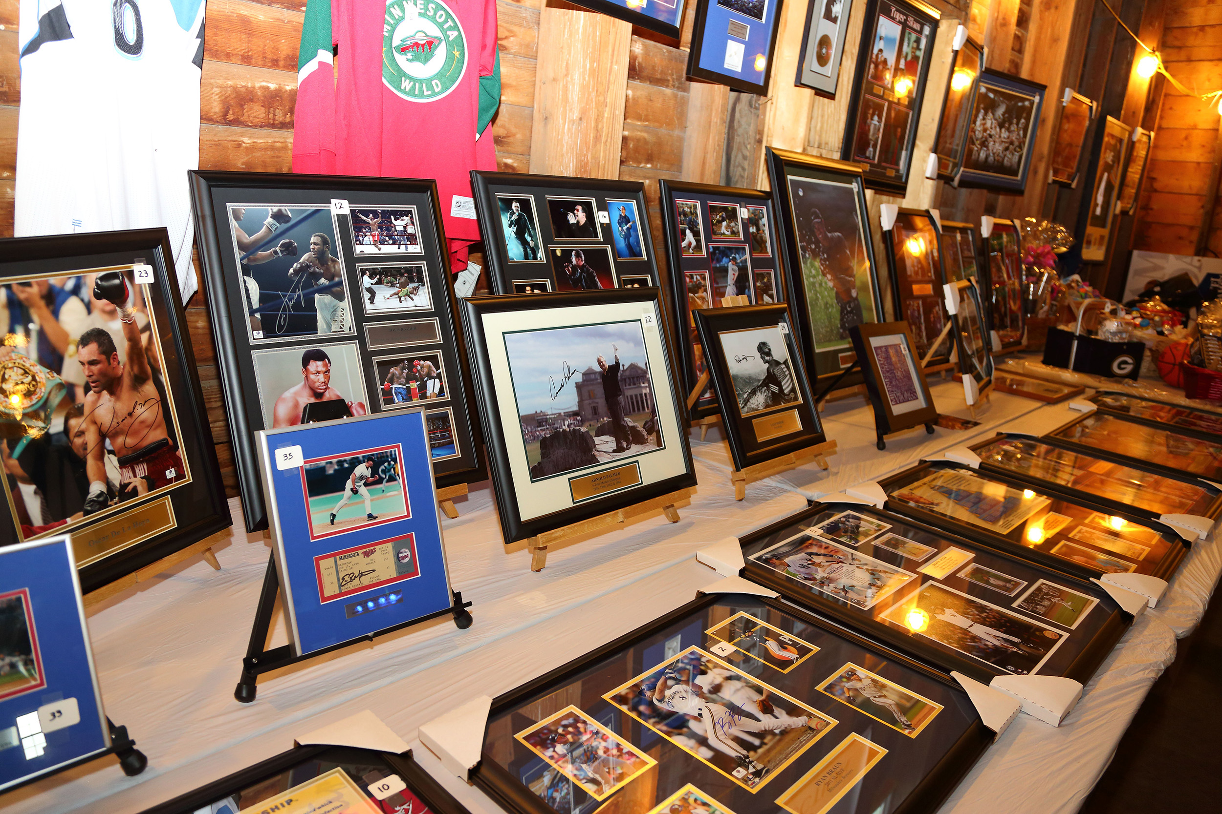 sports silent auction items